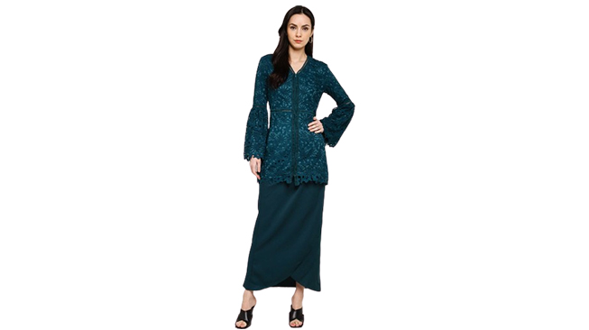 Lubna Flare Sleeves Fitted Kebaya